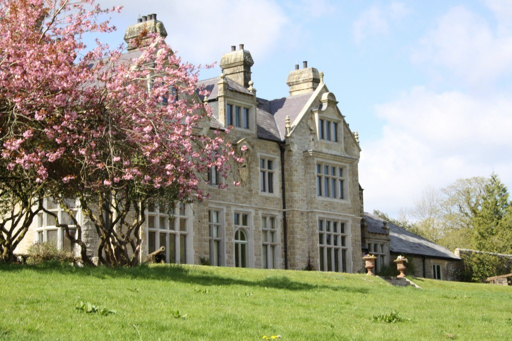 Blessingbourne country house fivemiletown five mile town northern ireland county fermanagh tyrone private lakes self catering group visits history heritage authentic ireland