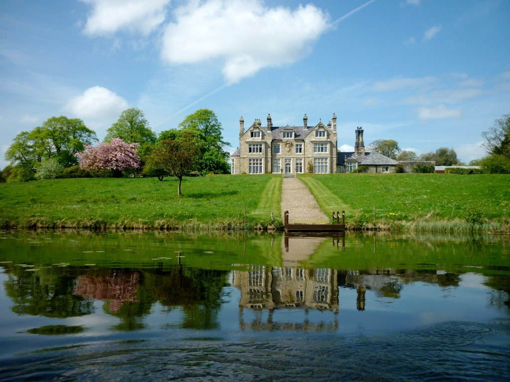 Explore Blessingbourne Country Estate