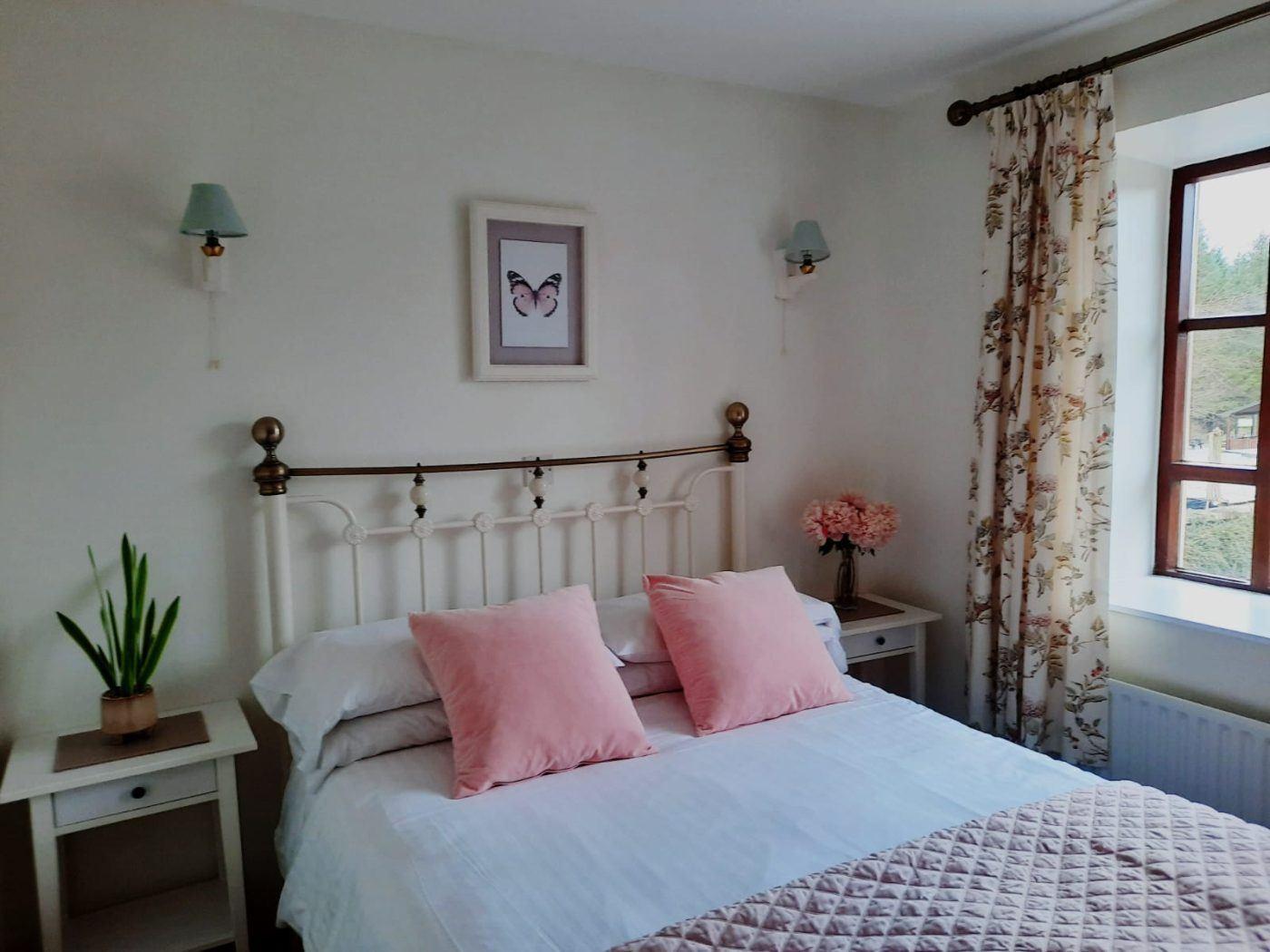 Bedroom in Laurel Self Catering Apartment at Blessingbourne Estate fivemiletown